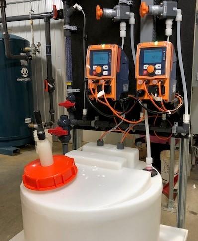 Système de pompe doseuse de chlore